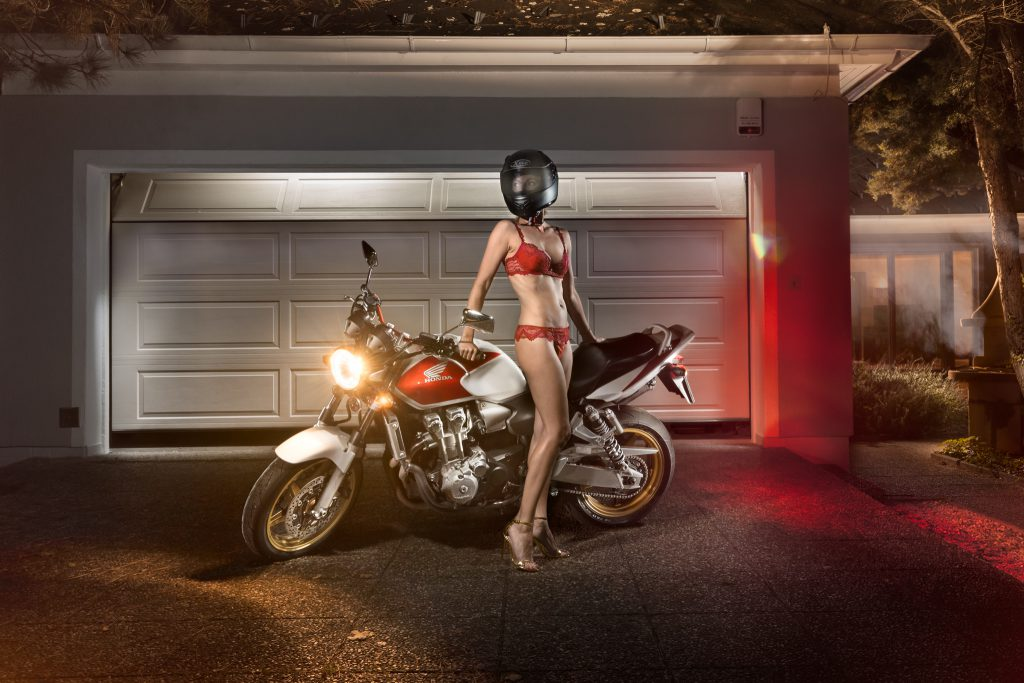 Lightrider Honda CB 600 Garage(c) Christian Novak